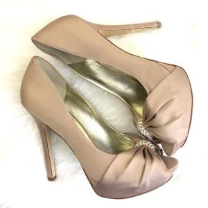 GUESS Stiletto Heels Size 10